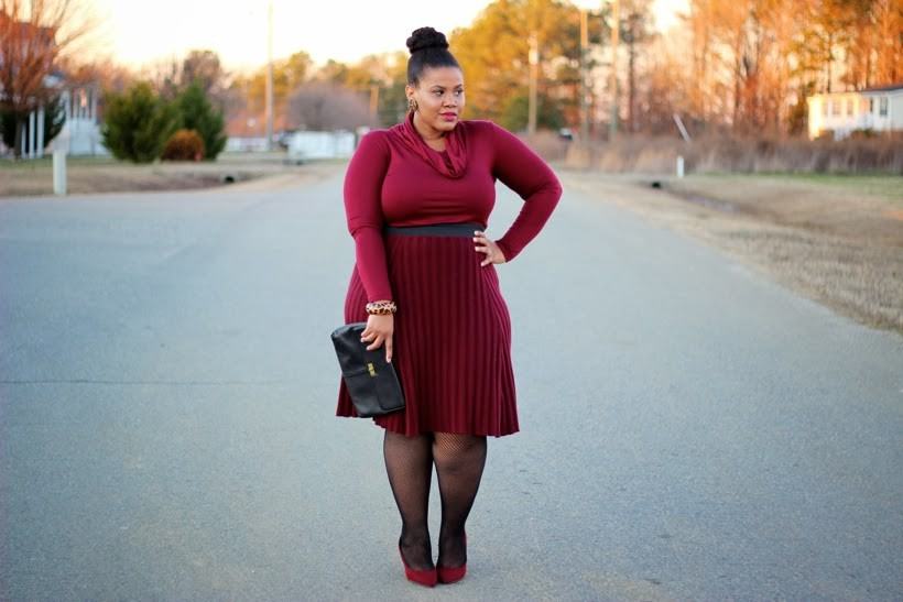 """<strong>Kim from<a href=""""http://www.thenaturalfashionista.com/"""" target=""""_blank"""">The NaturalFashionista</a></strong>"""