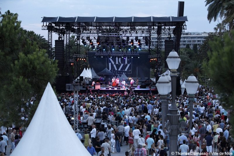 With the Mediterranean Sea just across the street, the Nice Jazz Festival on the French Riviera offered music lovers a gorgeous atmosphere each evening.