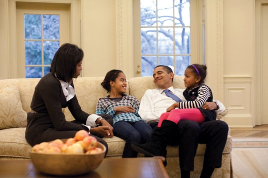 <p> 2009: Chillaxing in the Oval Office</p>
