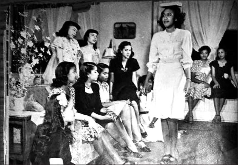 Models at the Grace Del Marco Modeling Agency, 1940s