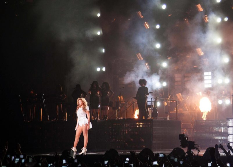 "On Aug. 3, <span style=""font-family: Arial, sans-serif; font-size: 9pt;"">Beyoncé kicked off the Brooklyn leg of The Mrs. Carter Show world tour at Barclays Center.</span>"
