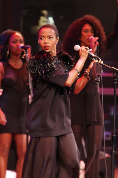 Ms. Lauryn Hill, back in form!