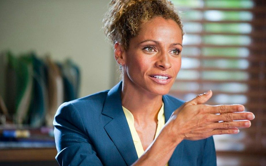 Michelle Hurd lays down the law in A&E's The Glades (2010-present) as Colleen Manus, the brilliant and tough regional director of Florida Department of Law Enforcement.