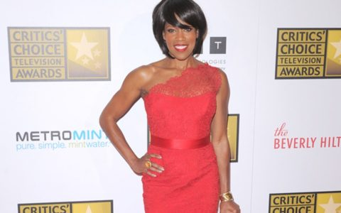 THIS DAY IN FASHION: Regina King is Red Hot