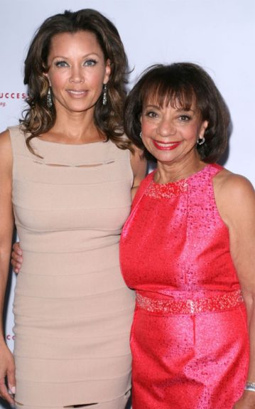 Vanessa Williams comes out to support her mom, Helen Williams