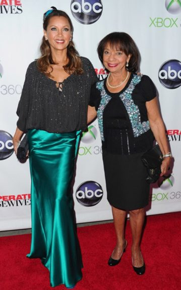 """Vanessa Williams and her mother Helen attend the series finale event of """"Desperate Housewives"""""""