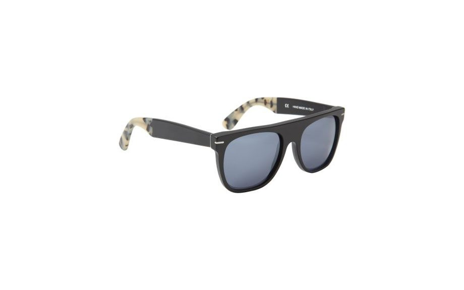 "Super Flat Top Sunglasses $139, <a href=""http://www.barneys.com/on/demandware.store/Sites-BNY-Site/default/Product-Show?pid=00505027738351&utm_source=J84DHJLQkR4&utm_medium=affiliate&siteID=J84DHJLQkR4-tg4ey.._AYFNbgAE.bvFCg"" target=""_blank"">barneys.com</a>"