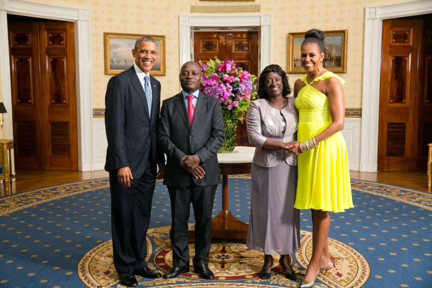 President Barack Obama and First Lady Michelle Obama greet His Excellency José Mário Vaz, President of the Republic of Guinea-Bissau, and Ms. Rosa Teixeira Goudiaby Vaz(Photo: AmandaLucidon/The White House)