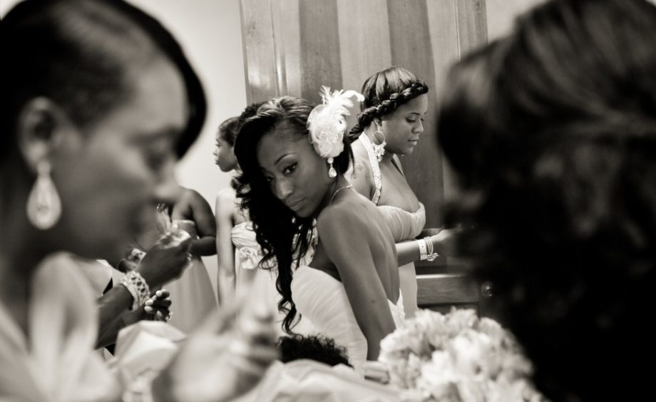 The bride Lachelle Robinson getting ready with family and friends