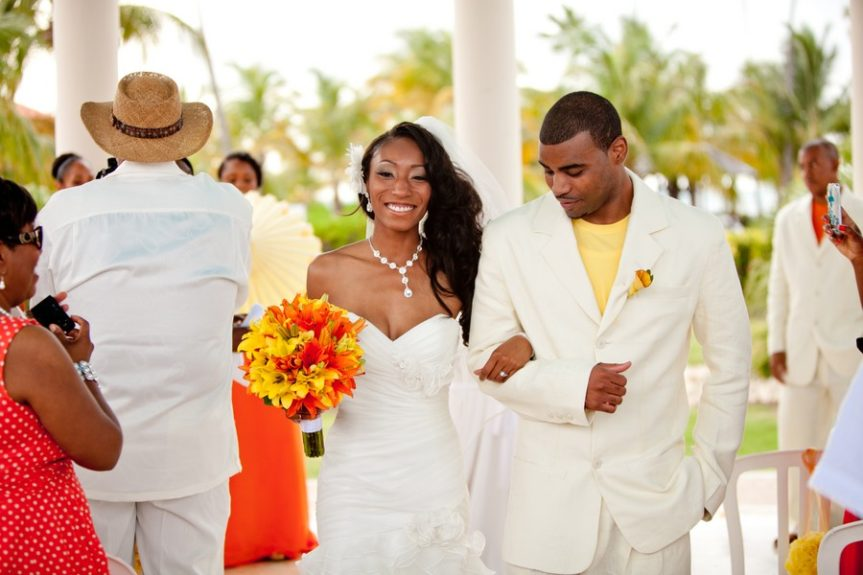 The newlyweds Lachelle Robinson and Larry Sessons