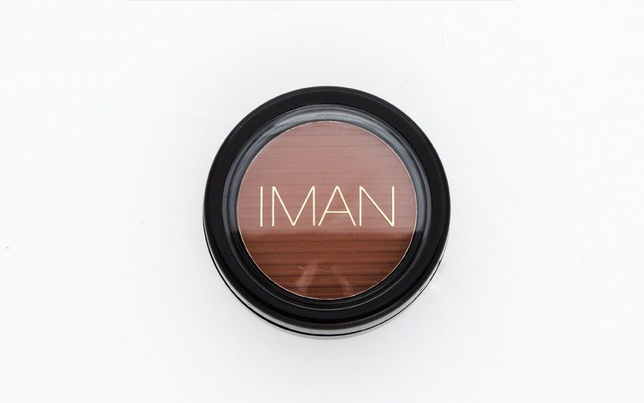 """<a href=""""http://www.imancosmetics.com/shop/products/face/blush/sable"""" target=""""_blank"""">ImanLuxury Blushing Powder in Sable</a>"""