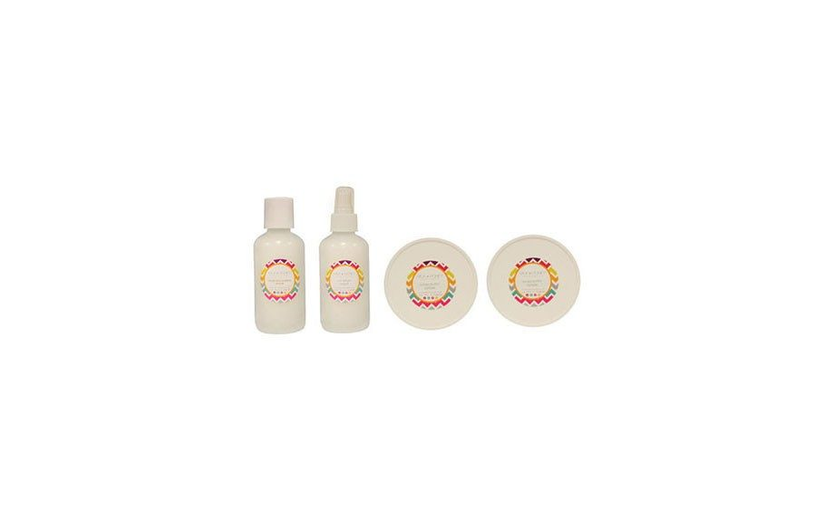 """Milk + Honey Sample Set, <a href=""""http://milkandhoneyhair.com/collections/sample-sizes/products/sample-set"""">MilkandHoneyhair.com</a>, $24"""