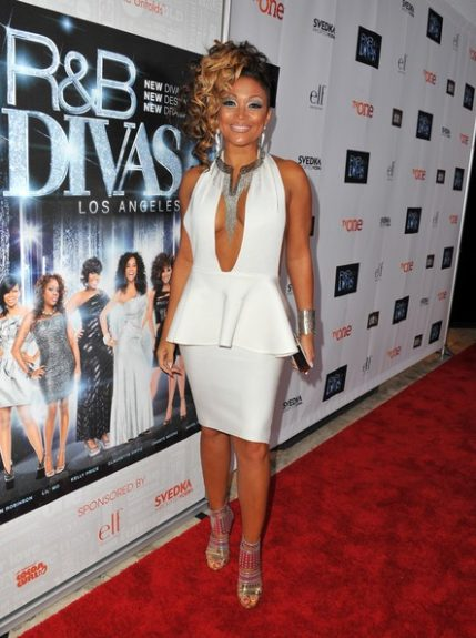 Chante Moore still has a killer body, and showed of in a little white dress with a plunging neckline…her make up however... <em>photo: WENN</em>
