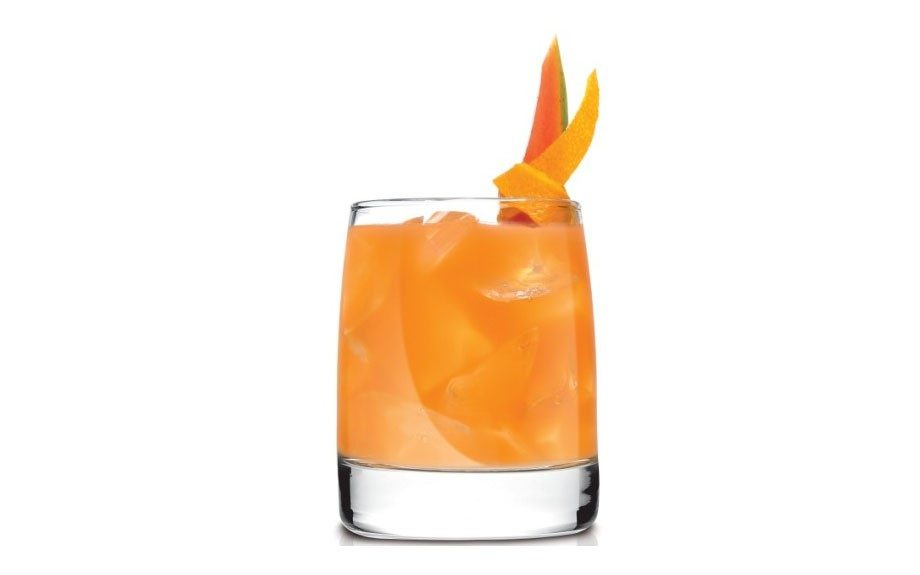 <strong>Papaya Smash</strong>  	Made with Avión Añejo. See below for recipe.