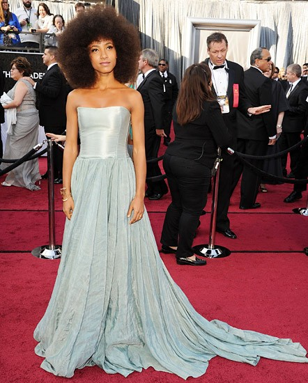 Esperanza Spalding is a natural in blue before her memoriam performance of <em>What A Wonderful World</em>