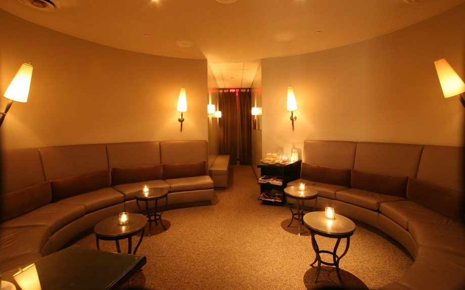 Isn't it absolutely gorgeous? The Oasis Day Spa