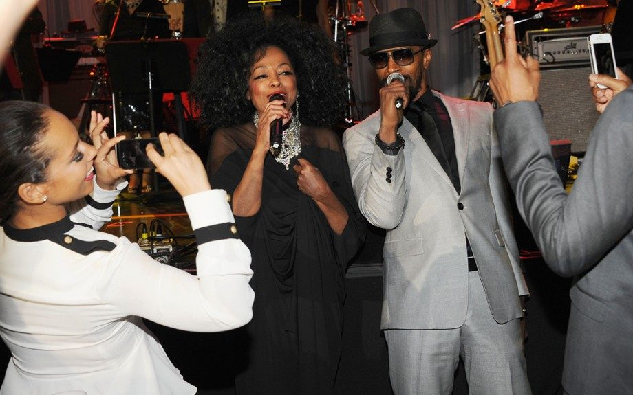 Singers Diana Ross and Jamie Foxx perform onstage at Clive Davis and the Recording Academy's 2012 Pre-GRAMMY Gala and Salute to Industry Icons Honoring Richard Branson. (Photo by Larry Busacca/Getty Images For The Recording Academy)