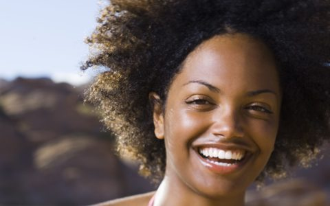 [NATURAL HAIR NOW] 8 Travel-Friendly Hair Kits for Your Next Vacay