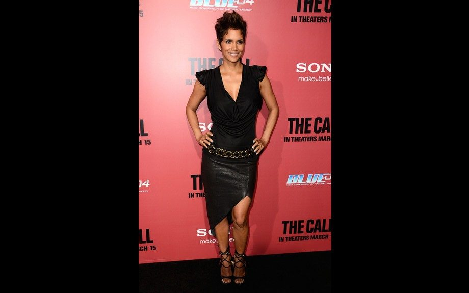 Gorgeous no matter what she wears, Halle Berry sets it off at her premiere in a Helmut Lang Asymmetric Leather Skirt and Giuseppe Zanotti sandals. Photo Credit: Getty