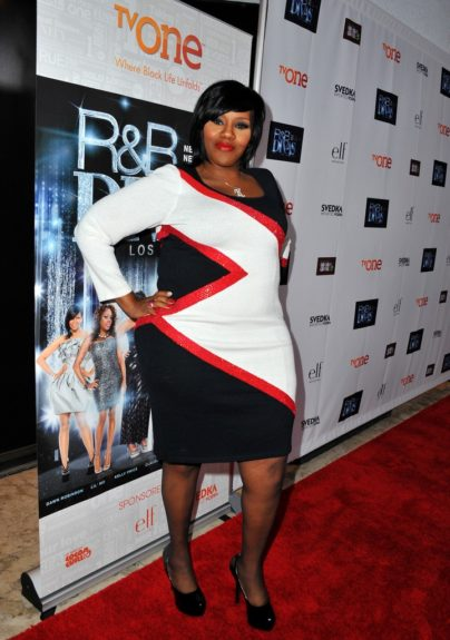 Kelly Price gave head-to-toe fierecness from her laid tresses, flawless makeup, to her embellished color blocked dress that hugged her just right. p<em>hoto</em>: WENN