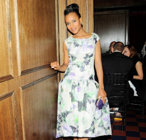 Somebody's got a thing for floral, and we think it's more so the Kerry side than the Olivia (who's more straightforward). Sporting a Marchesa frock, purple clutch, white Brian Atwood pumps, and a high topknot, she looks quite endearing.