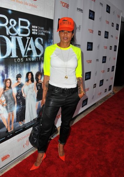 Laurieann Gibson went for grunge, rocking a Brian Lichtenberg hat, American Apparel tee, and leather pants. <em>photo: WENN</em>