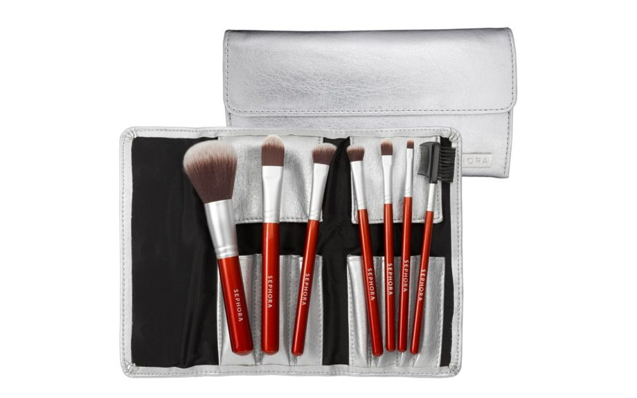 """<strong><a href=""""http://www.sephora.com/product/productDetail.jsp?keyword=SEPHORA%20COLLECTION%20Deluxe%20Antibacterial%20Brush%20Set%20%20P197107&skuId=1032911&productId=P197107&_requestid=59389"""" target=""""_blank"""">Sephora Collection Deluxe Antibacterial Brush Set</a></strong>&a"""