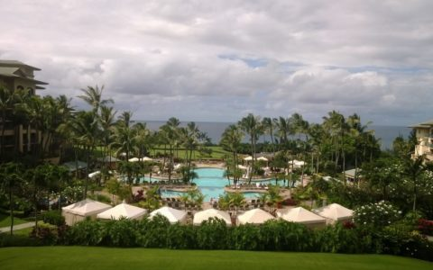 [TRAVEL] Eat, Pray and Love Your Way Through Maui