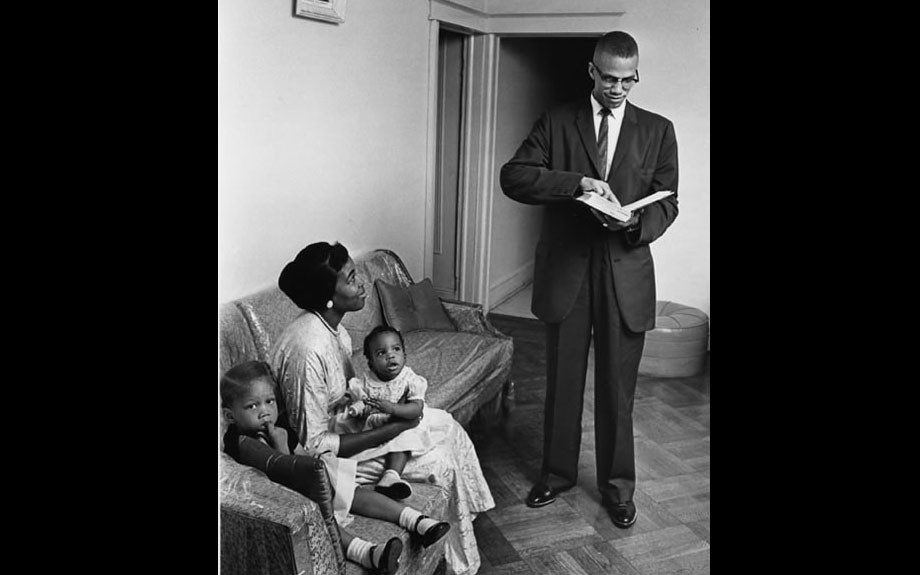 Girl mom Betty Shabazz, Malcolm X, and their daughters