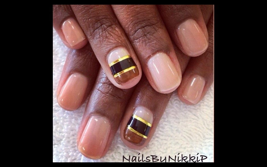 NAIL FILES] A Golden Touch - EBONY