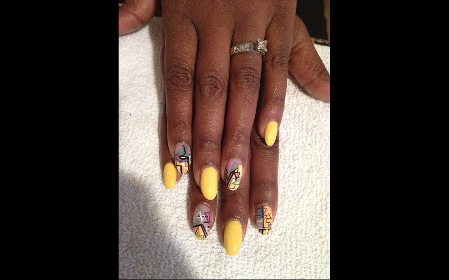 Nail Files: They Call It \'Mellow Yellow\' - EBONY