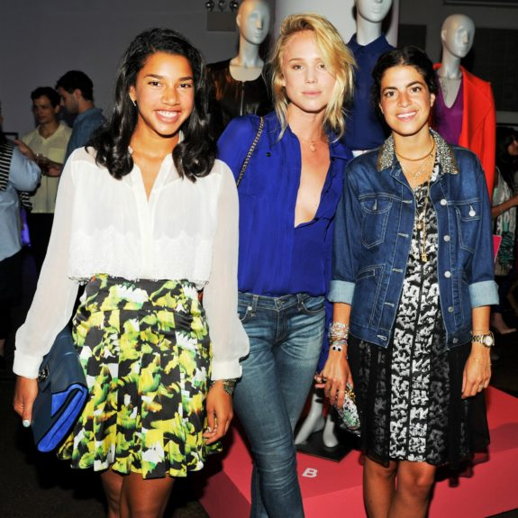 Again, in Prabal Gurung at the designer's event, Hannah poses with bloggers