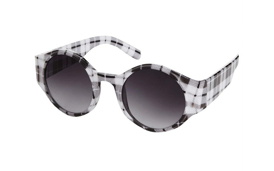 """TheseTopshopGingham Round Sunglasses are so subtle, yet eye-catching, $36; <a href=""""http://goo.gl/Ftdyr8"""" target=""""_blank"""">www.topshop.com</a>"""