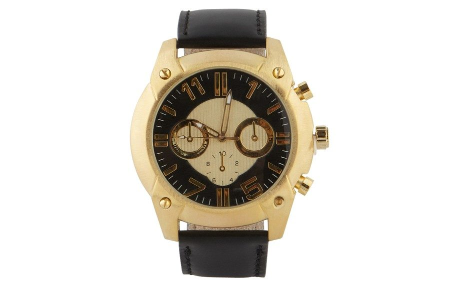 """<strong>For the Gentleman:</strong>AldoCoccinoWatch ($25,<a href=""""http://www.aldoshoes.com/us/accessories/mens/watches/93690476-coccino/98"""" target=""""_blank"""">aldoshoes.com</a>)"""