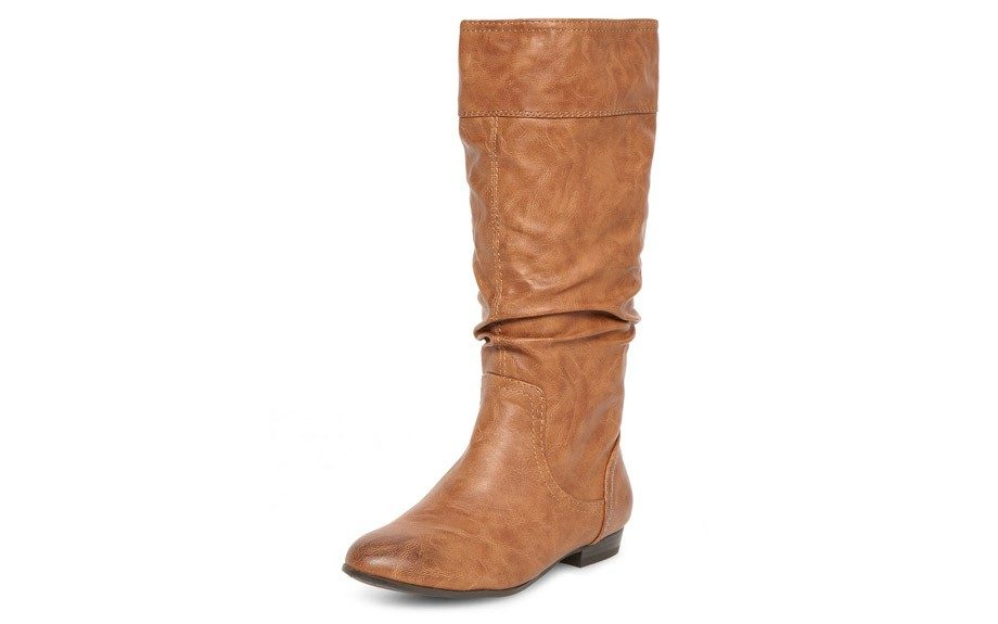 """For the CasualChica:Dorothy Perkins FlatRouchedKnee Boot ($79,<a href=""""http://us.dorothyperkins.com/en/dpus/product/shoes-788624/boots-788677/tan-flat-rouched-knee-boots-2132996?bi=1&ps=200"""" target=""""_blank"""">Dorothyperkins.com</a>)"""
