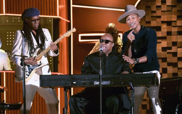 Pharrell, Stevie Wonder + Daft Punk 'Get Lucky' at the Grammys!