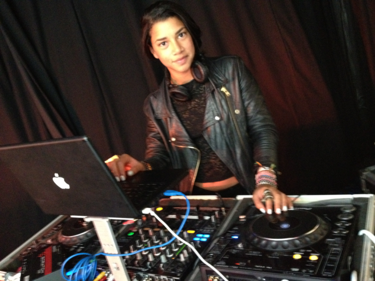 On the 1s and 2s, Hannah rocks out this waterfall leather bomper