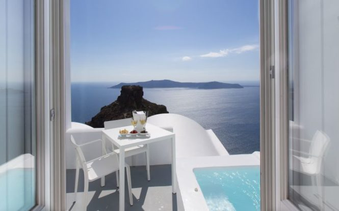 Hotels For The Perfect Greek Adventure