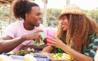 How to Make the Most of Dating Abroad