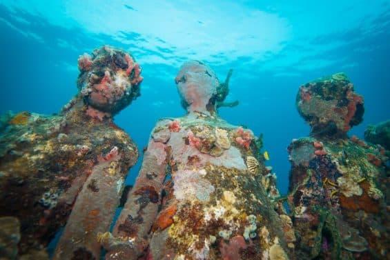 UnderwaterSculpture
