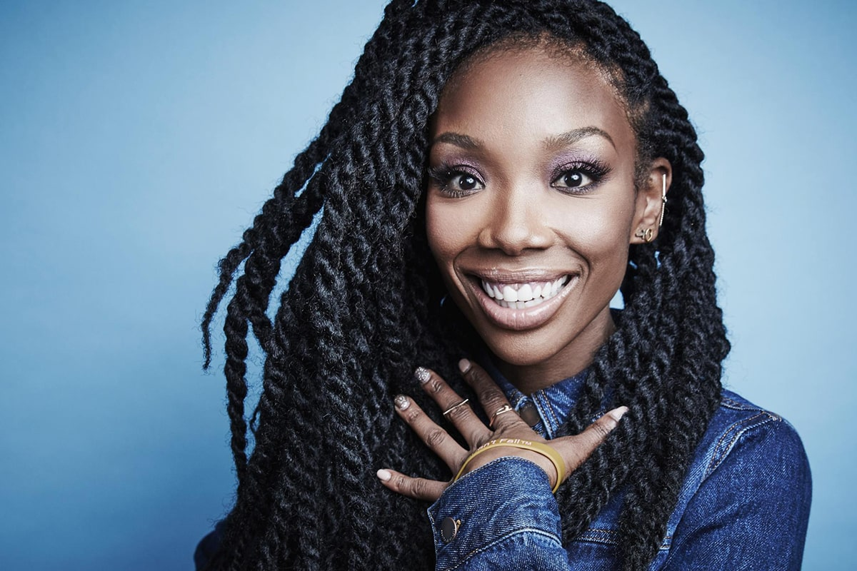 Brandy Norwood Was Rushed To The Hospital Early This Morning Apparently The Rb Singer And Actress Fell Unconscious On A Plane At Los Angeles