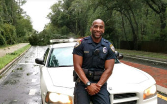 This Gainesville Police Officer Has the Internet Going Nuts