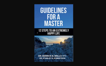 In New Book, Pastor Details '12 Steps to an Extremely Happy Life'