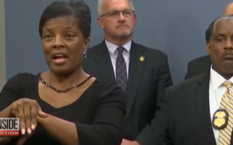 Fake Sign Language Interpreter Distracts from Police Press Conference