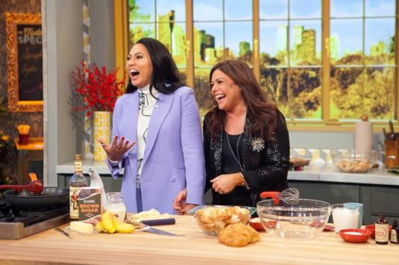 "Ayesha Curry and Rachel Ray ""dish"" on good holiday eats."