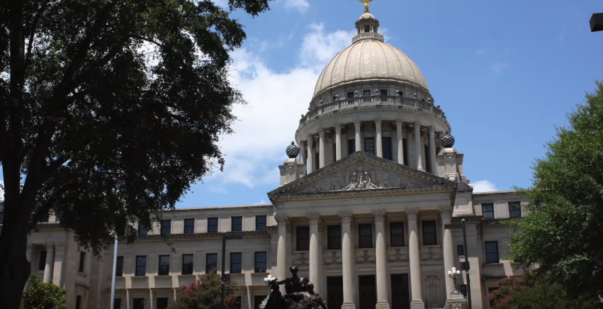 Mississippi Lawmakers Approve Ban on Abortion After 15 Weeks