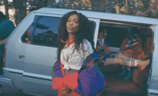 SZA Drops Visual for Fan Favorite, 'Broken Clocks' (VIDEO)