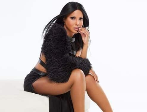 Toni Braxton Talks 'Sex & Cigarettes,' Influential Women & the Health Scare That Almost Stole Her Gift