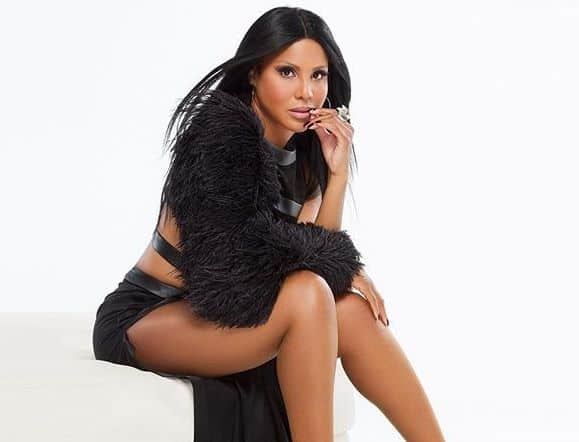 Toni Braxton Talks New Album & The Health Scare That Almost Stole Her Gift