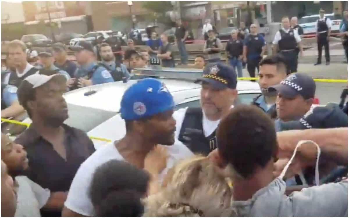Black Barber, police shooting, Chicago